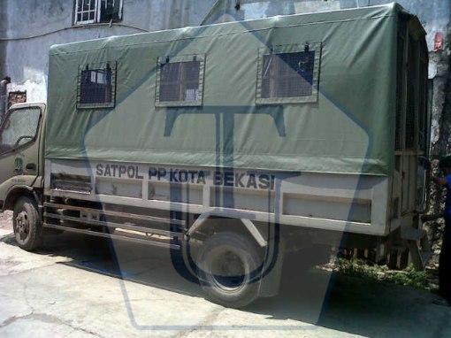tenda-terpal-pak-rizal-6